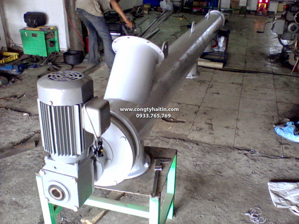 vít-tải-ống-inox